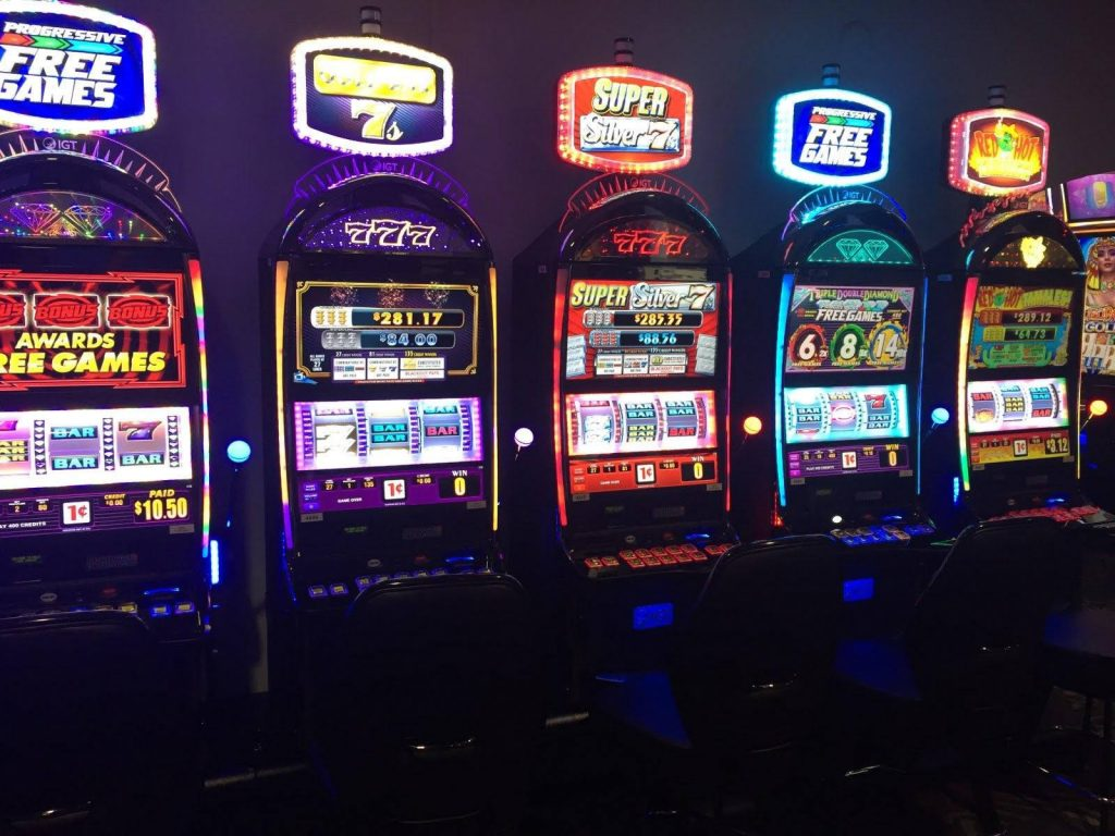 Get Your Lucky Break! - Crandon, Wisconsin - Mole Lake Casino & Lodge